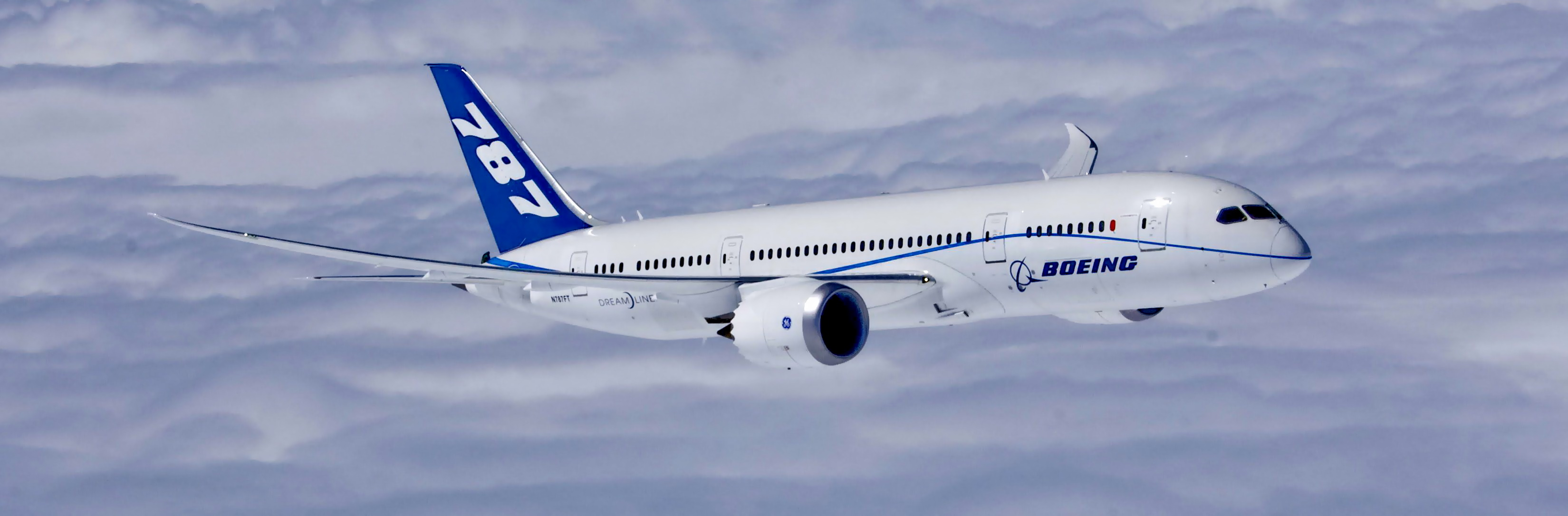 boeing_completes_first_flight_of_first_787_dreamliner_powered_by_ge_engines_boeing_787_8_3300x2640